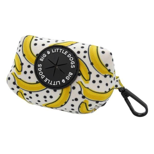 Big-Little-Dogs-Dog-Poop-Bag-Holder-Going-Bananas_grande