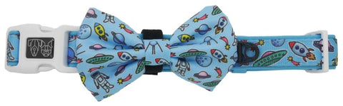Image of Big-Little-Dogs-Dog-Collar-and-Bow-Tie-Out-Of-This-World-1