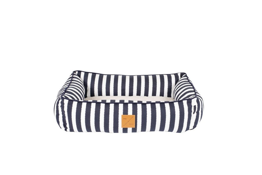 Mog_and_Bone_Bolster_Dog_Bed_Navy_Hamptons_Stripe_4