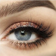 "Load image into Gallery viewer, MAGNETIC EYELINER & EYELASH KIT in ""Beachy"""