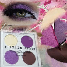 Load image into Gallery viewer, BEAUTIFULLY  BLENDED EYESHADOW QUAD IN GOOD KARMA