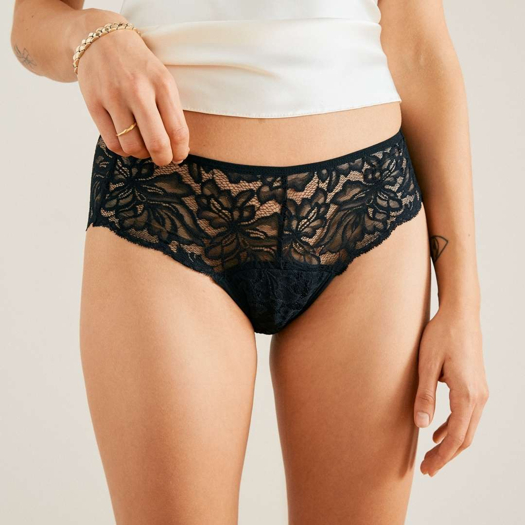 ooia Allover Lace schwarz