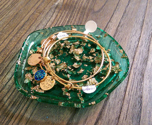 Resin Ring Dish Pentagon Design Emerald Green with Rose Gold Leaf