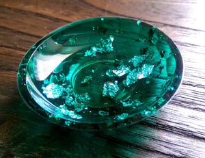 Trinket Ring Dish, Emerald Green and Silver Leaf Ring Dish, Hand Made Resin Dish - Silver and Resin Designs