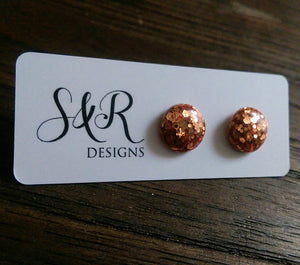 Circle Resin Stud Earrings, Rose Gold Copper Glitter Stud Earrings - Silver and Resin Designs
