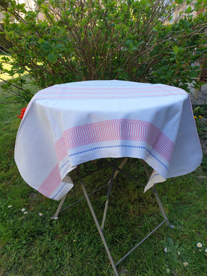 Nappe rectangulaire blanche et rose