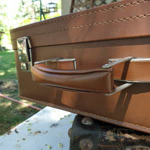 Valise marron en simili cuir made in France constellation 1970