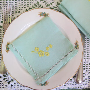 Serviettes de table en fil brodées vert pastel - CRAZY FRENCH VINTAGE