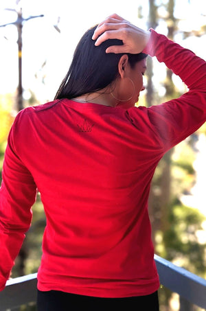 Self Made Mujer cotton long sleeve crew neck t-shirt in red