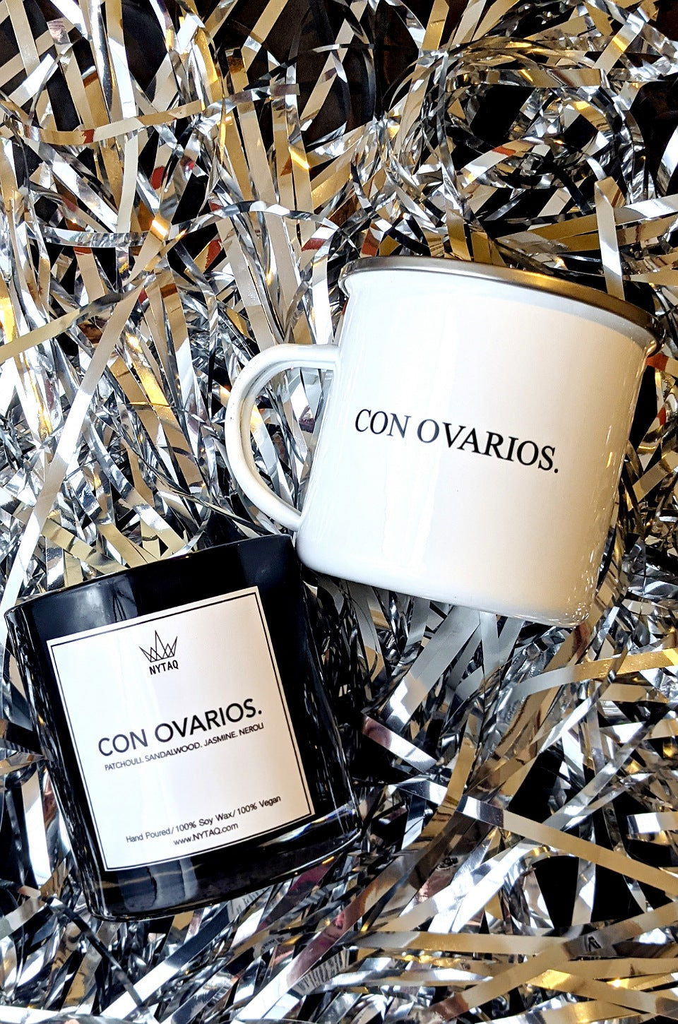 Con Ovarios. Mug and Vegan Candle Majesty Gift Set