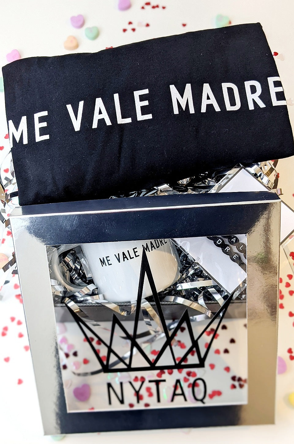 Me Vale Madre Unisex Royal Gift Set