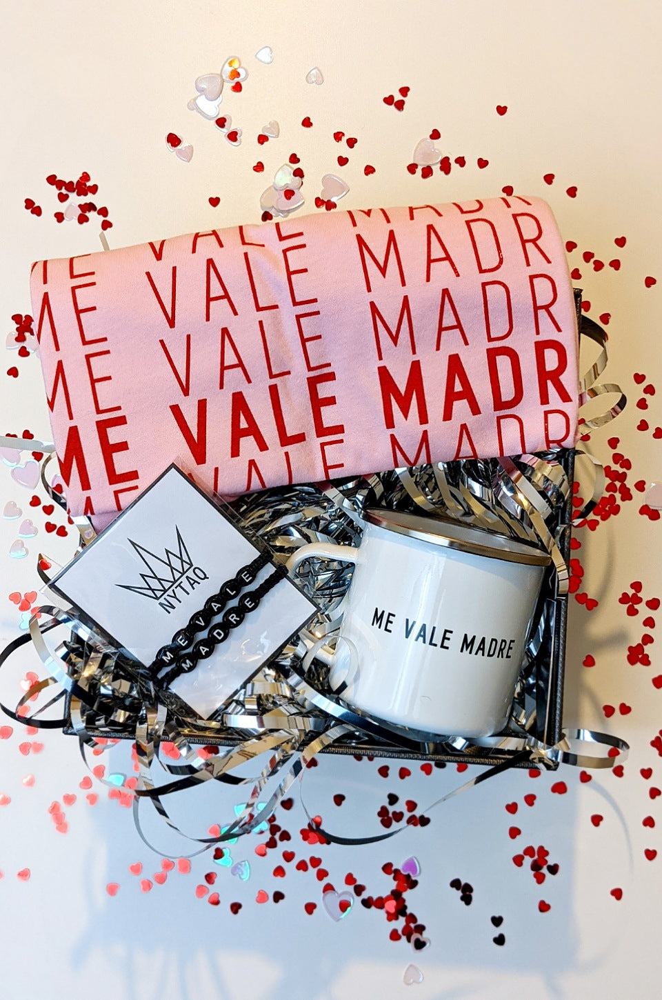 ME VALE MADRE ROYAL GIFT SET