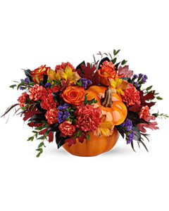 Pumpkin flower arrangement Thanksgiving table centerpiece flowers in orleans ottawa www.printabunch.com