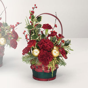 Small Yuletide Greetings Basket - From $39.99 Flower Arrangements, Flower, Florist, Print-a-Bunch Ottawa - Orleans Florist, Great for a Birthday and Anniversary