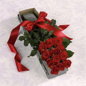 dozen Roses in a presentation box Anniversary Flower Arrangements, Flower, Florist, Print-a-Bunch Ottawa - Orleans Florist, Great for a Birthday and Anniversary