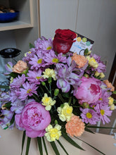 Load image into Gallery viewer, Mothers day Mix Vase arrangement Flower Arrangements, Flower, Florist, Print-a-Bunch Ottawa - Orleans Florist, Great for a Birthday and Anniversary