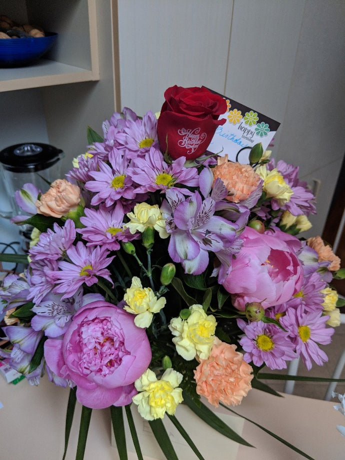 Get Well Mix Vase arrangement Flower Arrangements, Flower, Florist, Print-a-Bunch Ottawa - Orleans Florist, Great for a Birthday and Anniversary