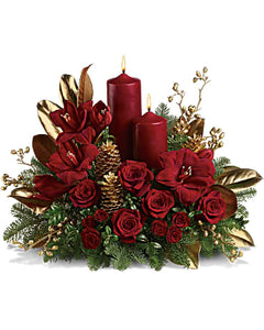 Candlelit Christmas Flower Arrangements, Flower, Florist, Print-a-Bunch Ottawa - Orleans Florist, Great for a Birthday and Anniversary