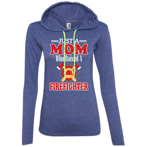 Just a mom who raise firefighter tshirt funny fireman proud unisex T-shirt