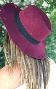 Katherine Black Band Lined Hat:Wine