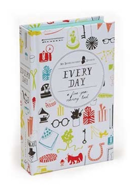 Every Day: Five Year Journal