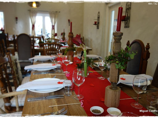 Cracking Christmas Parties at an Organic Restaurant - Co. Galway