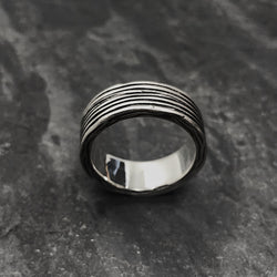 Threaded Ring in Oxidized Silver