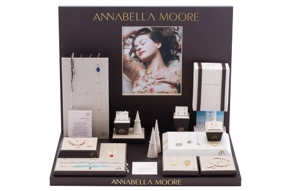 AM92-L : Grand Annabella Moore Display