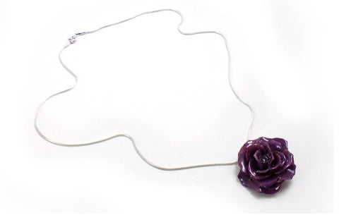 Y13-01 : Real Rose Pendant