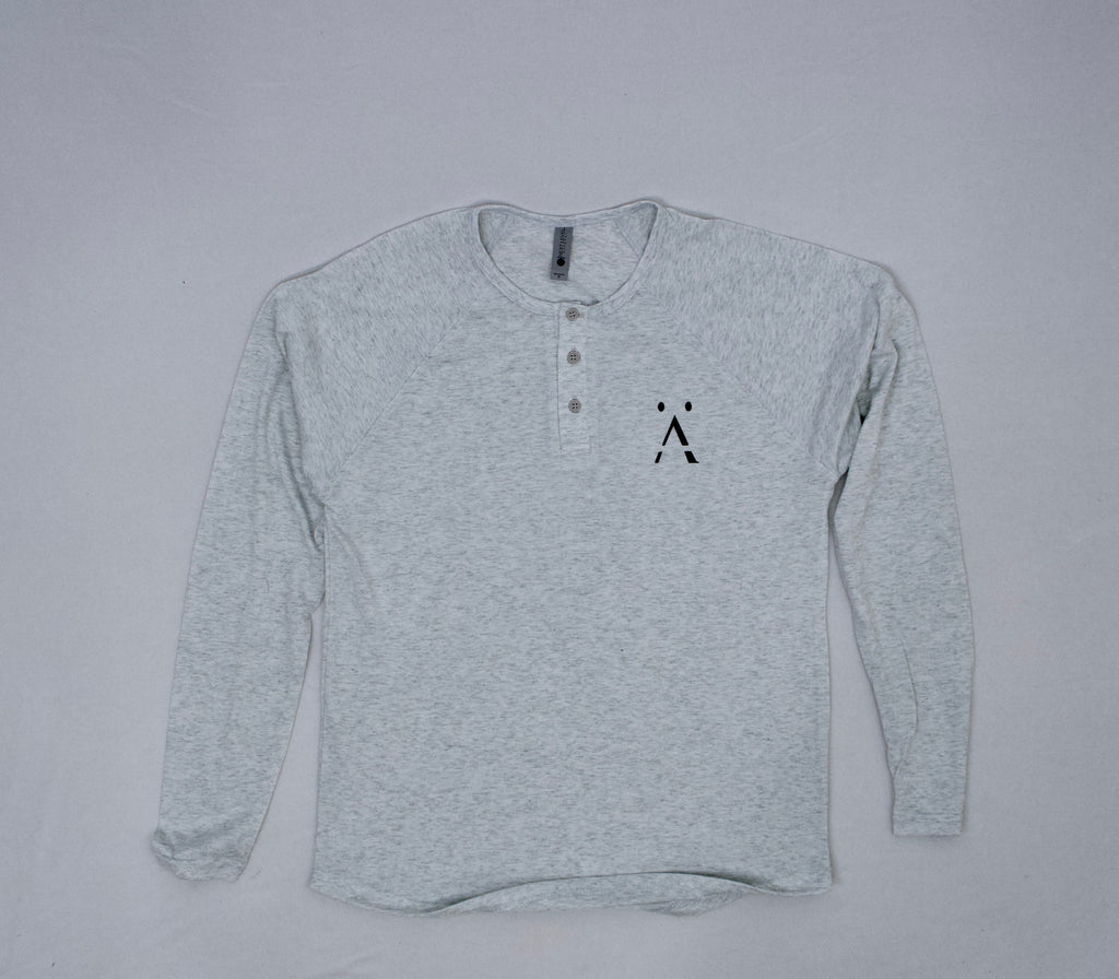 päsCHer Long-Sleeve Henley