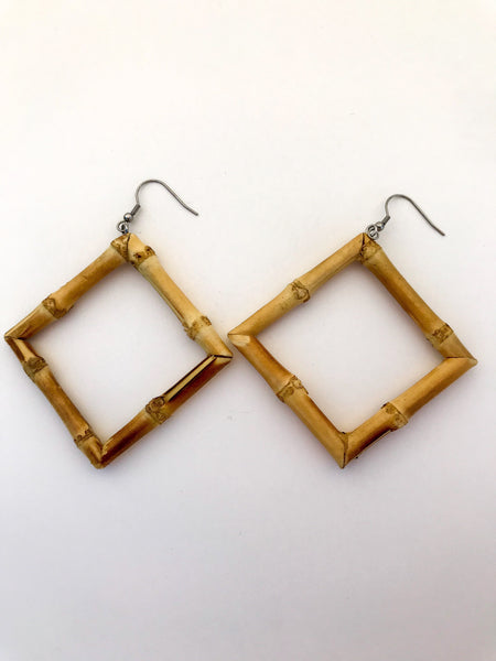 Boucles d'oreilles en bambou véritable - Carrée / Squared real bamboo earrings - Vintage Romance
