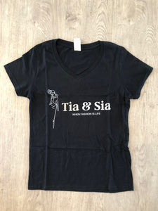 Tia & Sia | Fashion t-shirt with Tia & Sia logo