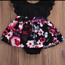 Load image into Gallery viewer, Tia & Sia | Beautiful outfits for baby girls | Online baby clothing store