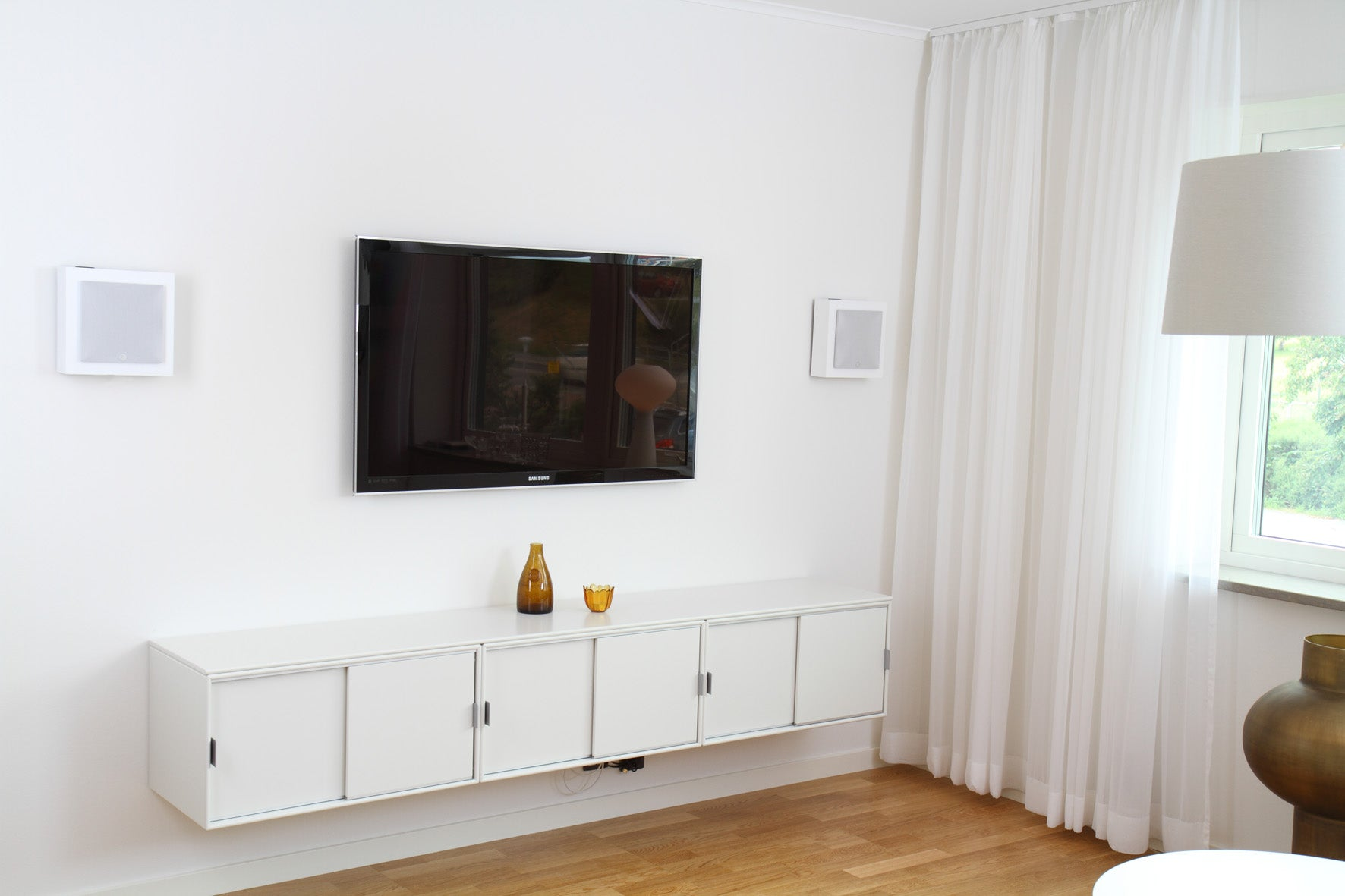 DLS Flatbox Mini On wall speaker - Pair, DLS, On Wall Speaker - Auratech LLC