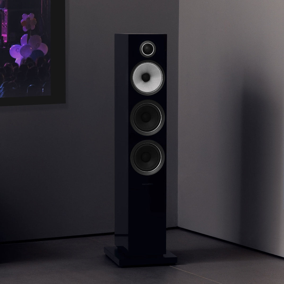 Bowers & Wilkins 704 S2 - Floor Standing Speaker - Pair