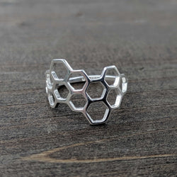 • HONEYCOMB • Silver Ring