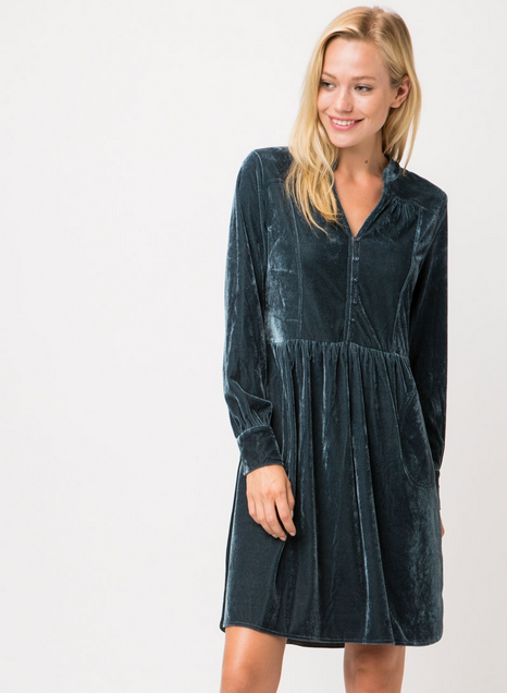(COZY CASUAL) velvet dress with button u