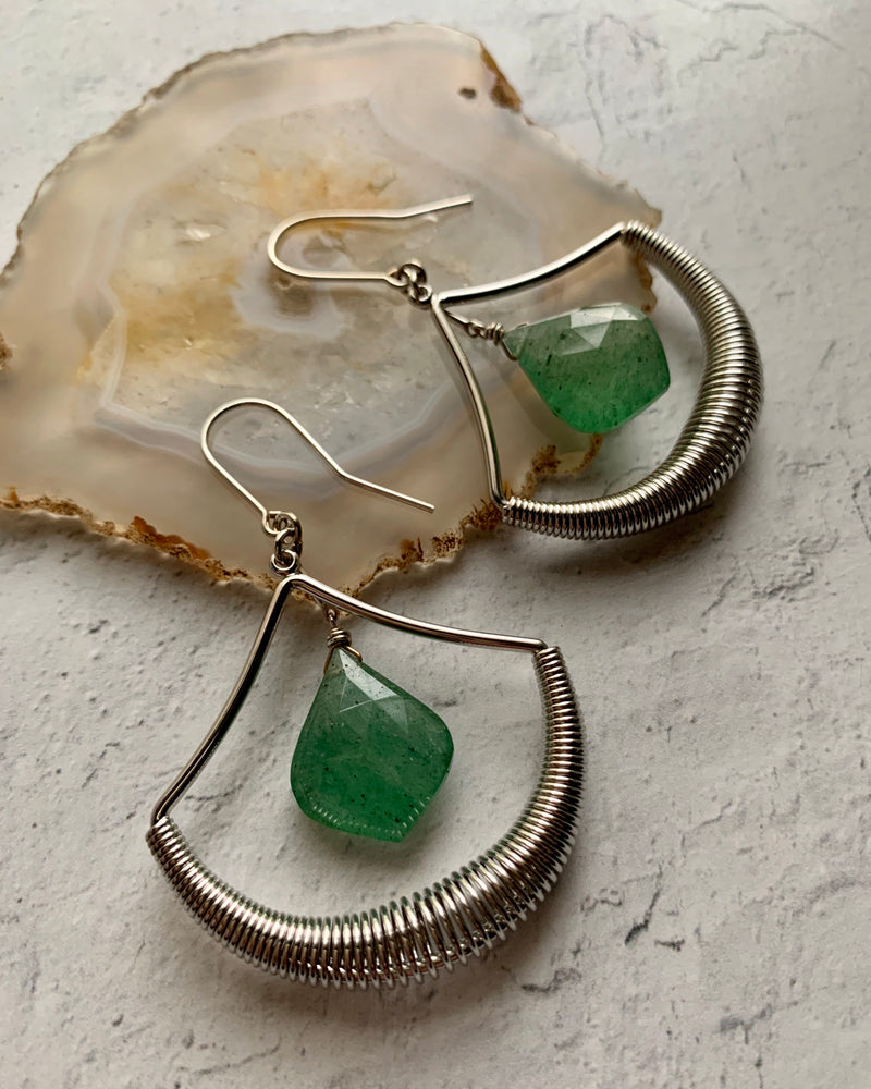 • SONG TO THE SIREN •  aventurine silver earrings