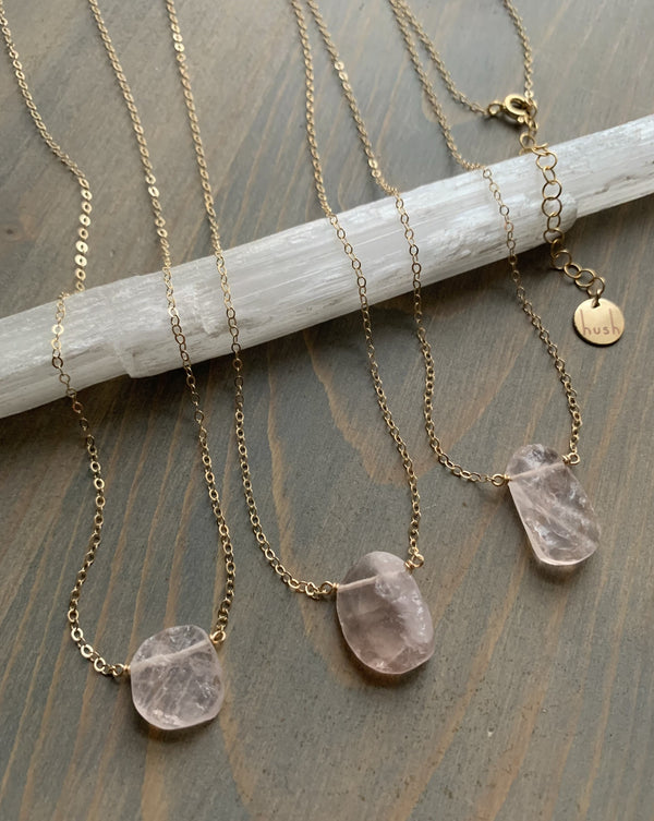 - STRAY - raw rose quartz + gold necklace (LIMITED)
