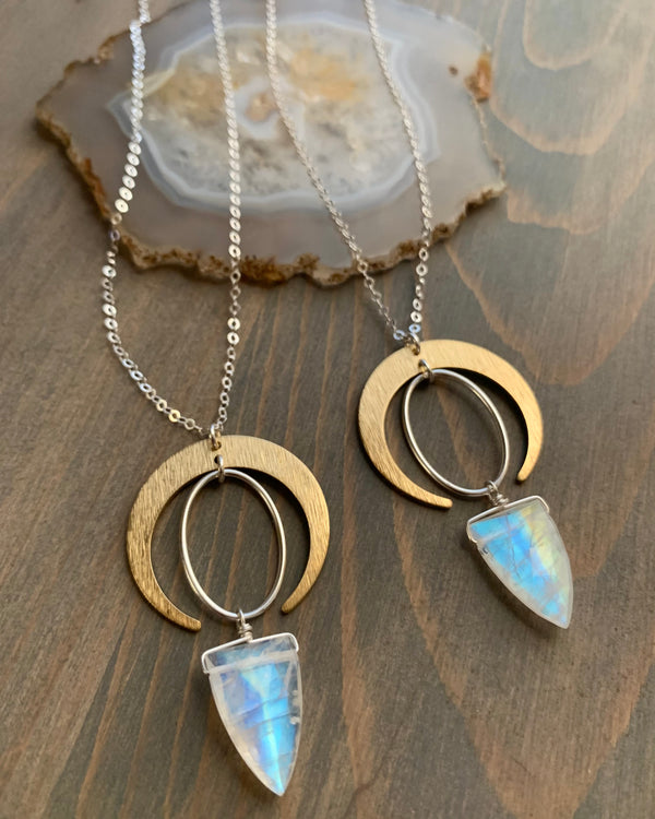 "• IO ORBIT • rainbow moonstone spear mixed metal necklace (16""-18"")"