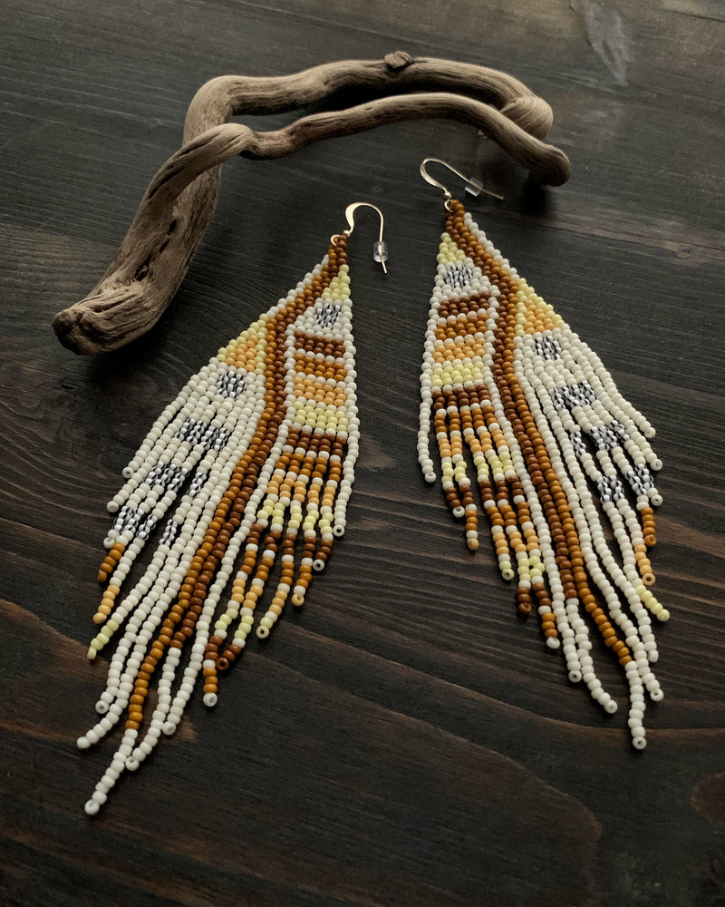 • SAVANNAH • beaded dangle earrings