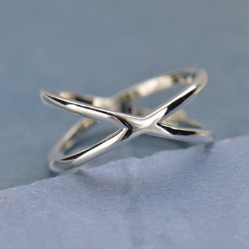 • CROSSED PATHS • silver ring