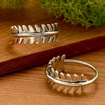 • FERN BAND • silver ring
