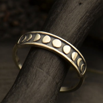 • MOON PHASE HORIZONTAL • silver ring