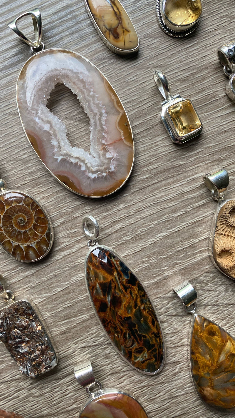 • EARTH • pendants - gold + browns