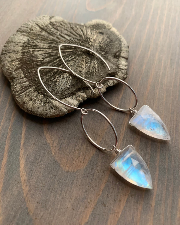 • IO - SPEARS • rainbow moonstone silver dangle earrings