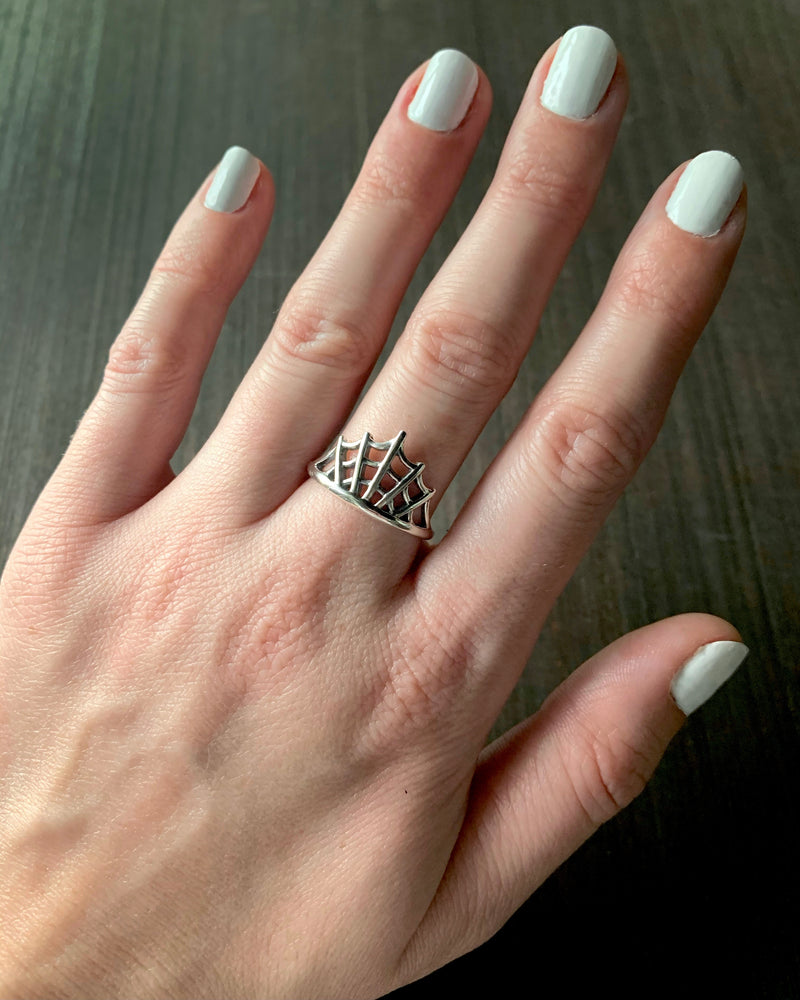 • SPIDER WEB HALF • silver ring