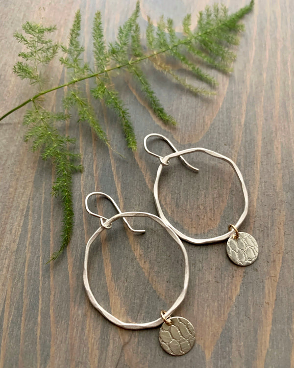 • DANCING DISC HOOPS • silver earrings