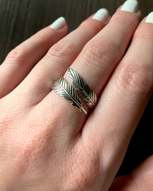 • FEATHER • adjustable silver ring