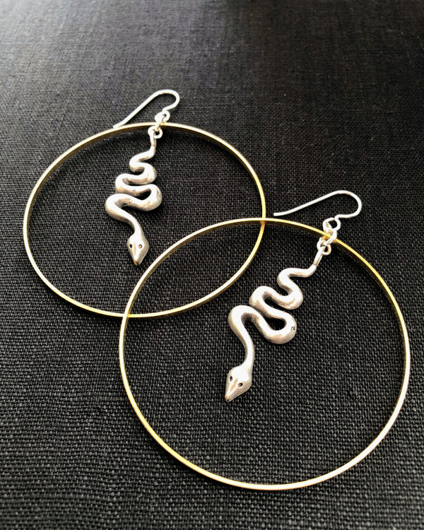 • SUEÑO  • hoop earrings